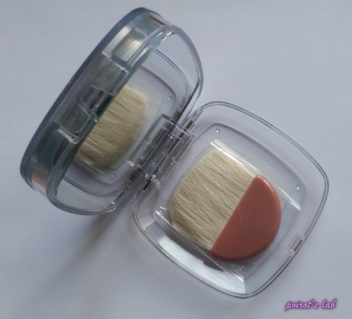 Loreal Highlighter mirror and brush
